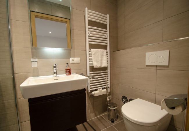 Apartment in Zell am See - Superb Alpine Lodges Zell am See 6-8pax