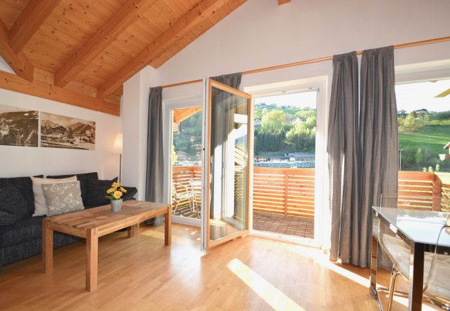 Ferienwohnung in Kaprun - Apartment Glacier and River by Z-K-H Rentals
