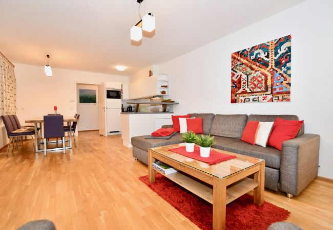 Ferienwohnung in Zell am See - Apartment Mountain Panorama by Z-K-H Rental